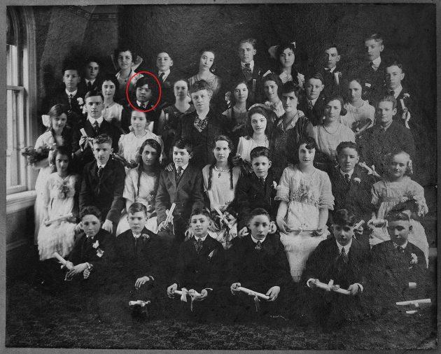 1920FailingSchool卒業写真囲み付